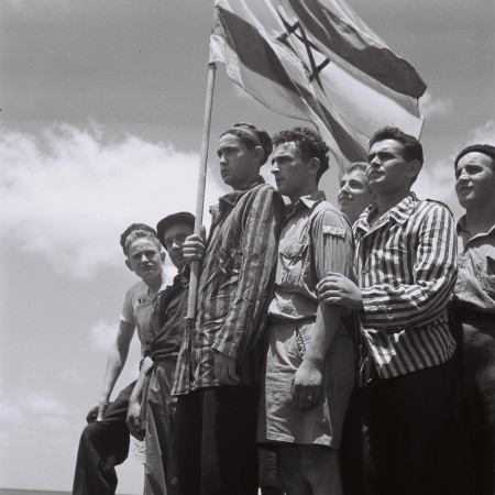 Buchanwald survivors arrive in Haifa